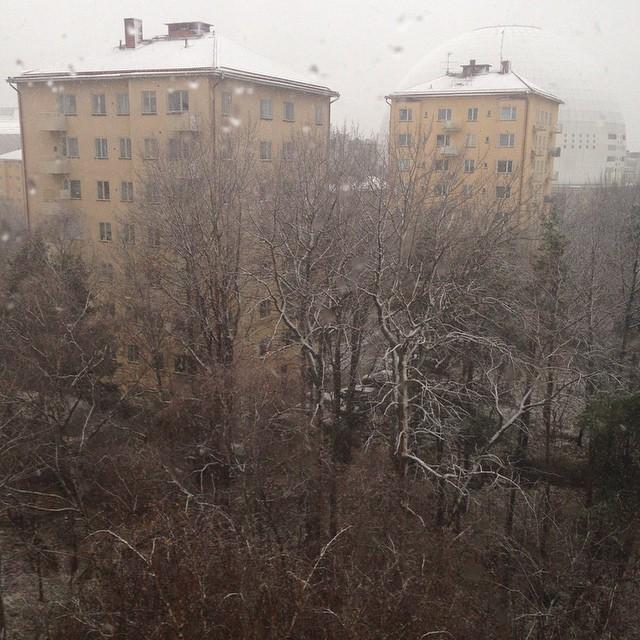 Det snöar..