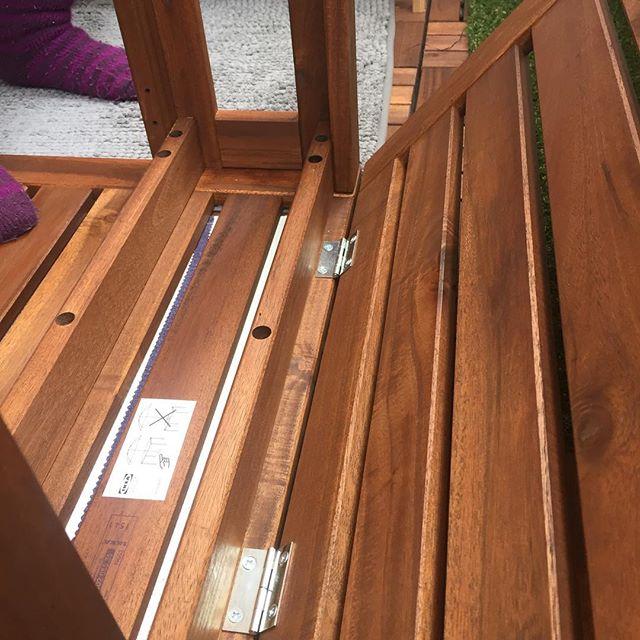 Montering av balkongmöbler = vår